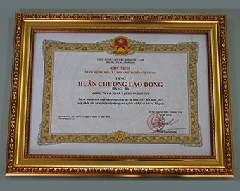 "Merit of the President of the Socialist Republic of Vietnam: ""Labor Medal class 3"""