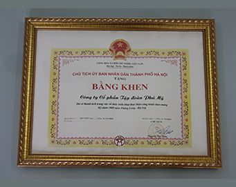 "Merit of the President of the people's Committee of Hanoi City for: ""Contribution in the Organization implemented works celebrate 1000 years of Thang Long-Hanoi"""